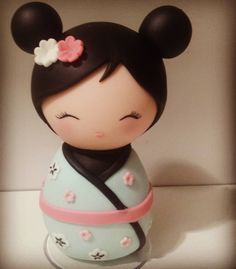 338 Me gusta, 9 comentarios - Manuela Abelleira ( en Instagra. Fimo Clay, Polymer Clay Projects, Fondant Animals, Clothespin Dolls, Cute Clay, Doll Painting, Kokeshi Dolls, Sugar Art, Clay Charms