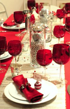 Christmas table setting ask for red wine glasses?