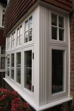 Possible kitchen and master bedroom bay windows. Brick House Exterior Makeover, House Extension Design, Exterior House Renovation, Casement Windows Exterior, Brick Exterior House, Beach House Interior, 1930s House Interior, Bay Window Exterior, Windows Exterior