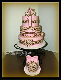 #PinItParty First Birthday Cheetah Cake @BakingWithMom