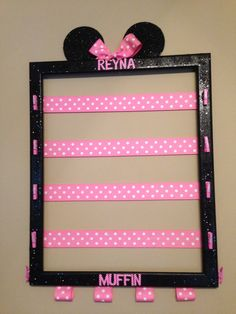 Nice Idee Deco Chambre Fille Minnie that you must know, You?re in good company if you?re looking for Idee Deco Chambre Fille Minnie Minnie Mouse Room Decor, Minnie Mouse Party, Minnie Mouse Hair Bow, Hair Accessories Holder, Organizing Hair Accessories, Diy Bebe, Old Picture Frames, Cheer Bows, Disney Crafts