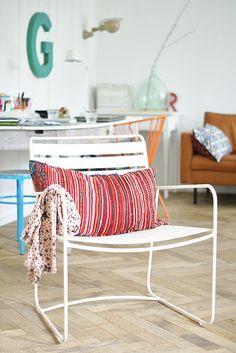 surprising by wood & wool stool