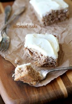 Old Fashioned Oatmeal Cake (Old Fashioned Cheese Making)