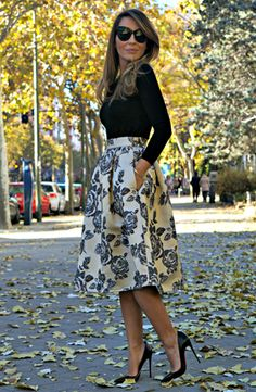 Black and White. simple top, statement skirt. #work wear. #spring fall. via #thedailystyle