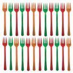 Kolorowe widelczyki z pewnością przydadzą się, kiedy zamiast tradycyjnego poczęstunku przy stole, planowany jest szwedzki stół