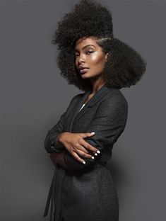Yara Shahidi—The Harvard-bound Black-ish actress—has a new after-school gig: Freeform's upcoming Grown-ish. Whether she's cooking, on the beach, or doodling, we want to hang. Read more about her here!