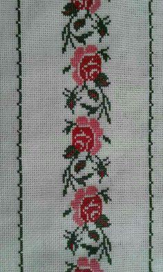 Cross Stitch Boarders, Simple Cross Stitch, Cross Stitch Rose, Cross Stitch Flowers, Cross Stitch Designs, Cross Stitch Embroidery, Embroidery Patterns, Hand Embroidery, Cross Stitch Patterns