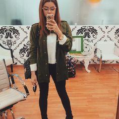 """14.4 mil curtidas, 47 comentários - Camila Senna (@camilasenna) no Instagram: """"Dia de menininha  Aproveitei que não tenho aula hoje pra fazer a sobrancelha com a…"""""""