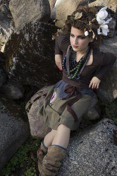 Style: Una Bērziņa    Make-up: Sandra Vīksna    Hair: Renārs Kravcovs    Foto: Sandra Vīksna    Model: Signe Dzērve