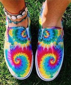 Rainbow colored sneakers Inspiring Ladies is part of Shoes - Sock Shoes, Shoe Boots, Custom Vans Shoes, Cute Vans, Summer Vibe, Painted Shoes, Dream Shoes, Shoe Game, Designer Shoes