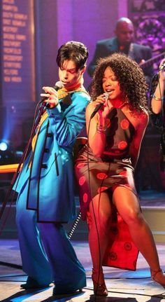 February 25, 2006 Prince joined Tamar on stage in his hometown Minneapolis.