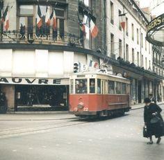 1960 Tramway a Dijon rue des Godrans et rue de la liberté