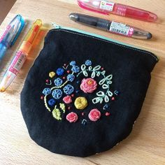 Project! I embroidered up @khgarts gorgeous Nocturnal Blooms pattern and then sewed it into a not-perfect-but-serviceable pouch for my little pens and other purse bits! This is maybe my second ever embroidery project so I can say her pattern writing and tutorials are  #embroidery #handembroiderywork #sewingproject #notananimaldrawing #foronce #pilotpen #nocturnalblooms