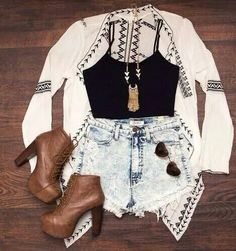 I like this concept, not sure I could rock the high waist booty shorts, but the rest is cool. Gossip Girl Fashion, Teen Fashion Outfits, Dress Fashion, Outfits For Teens, Casual Outfits, Dress Outfits, Fashion Shorts, Rustic Outfits, Boho Looks