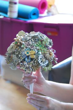 The Seamstress of Avalon: Brooch Bouquet DIY: Part 1 Premade bouquet holder with floral foam