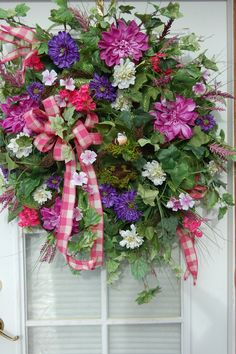 Deco Mesh Wreath Ideas | Deco Mesh Spring and Summer Wreath. | Craft Ideas