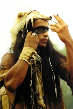 Native American Man First Nations Native American Beauty, Native American Photos, Native American Tribes, Native American History, American Indians, Pintura Tribal, Arte Tribal, Indiana, American Festivals