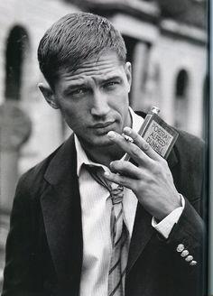 tom hardy. i love him.
