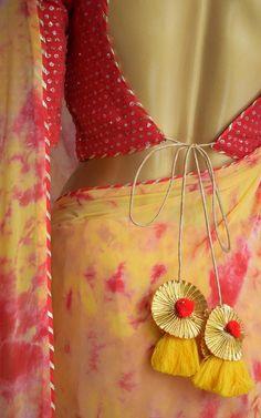 Saree Blouse Neck Designs, Saree Blouse Patterns, Dress Neck Designs, Fancy Blouse Designs, Blue Silk Saree, Yellow Saree, Chiffon Saree, Traditional Blouse Designs, Shibori Sarees