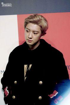 Chanyeol [HQ] 180904 Tommy Hilfiger x Lewis Hamilton 'TommyNow' Fashion Show Kpop Exo, Exo K, Park Chanyeol, Baekhyun, Kyung Hee, Celebrity List, Exo Members, Chinese Boy, Chanbaek