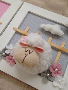 1 million+ Stunning Free Images to Use Anywhere Sheep Crafts, Felt Crafts Diy, Pom Pom Crafts, Yarn Crafts, Easter Crafts, Craft Gifts, Crafts For Kids, Sheep And Wool Festival, Picture Frame Crafts