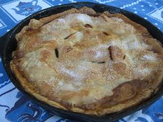 Iron Skillet Apple Pie - I love things made in cast iron.