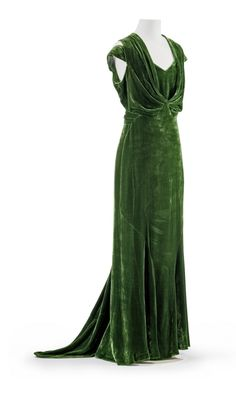 Evening dress, from 1932, by Jean Patou