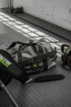 Don't bring a knife to a gunfight. 🐲 Check out the full range of NUTRITECH strength equipment and gear online and make sure you're fully kitted. #NUTRITECH #iamnutritechfit