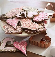 from curious sofa -beautiful heart cookies
