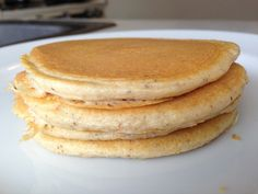 Protein Pancakes - tried & tested by Kel : )  1 scoop (about 30 grams) vanilla protein powder 1 whole egg 1 Tbsp. psyllium husks 1/8 tsp. cinnamon (optional) 1/4 tsp. bakin...