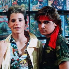 The Coreys - Former child stars, Corey Haim and Corey Feldman co-starred in such films as 'The Lost Boys', 'Dream A Little Dream' and 'License To Drive' 80s Movies, Good Movies, I Movie, Horror Movies, Movie Stars, The Lost Boys 1987, Corey Haim, Corey Feldman, Child Actors