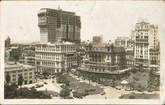 1928 - Vale do Anhangabaú - Edifício Martinelli em Construção.