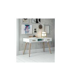 Mesa de estudio de estilo nórdico en color blanco satinado y patas de madera de haya natural modelo DK-900. Mueble auxiliar con hueco central y dos cajones.