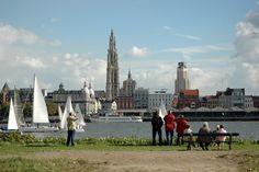Package Holidays, City Breaks and Hotels Belgium, Paris Skyline, Dolores Park, Empire, Street View, Scene, Travel, Game, Viajes