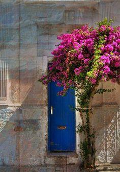 Tìpicas puertas de Colonia del Sacramento, Uruguay!
