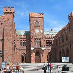 Amazing how so much is medieval Poland Cities, Historical Monuments, Manor Houses, Baltic Sea, Central Europe, Factories, Town Hall, Heritage Site, Homeland