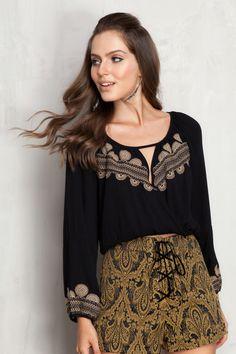 blusa bordada manga longa | Dress to