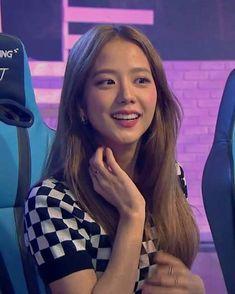 South Korean Girls, Korean Girl Groups, Deadpool Costume, Blackpink Poster, Picture Icon, Kim Jisoo, Blackpink Video, Black Pink Kpop, Nayeon