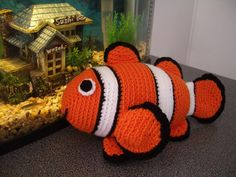 Amigurumi Crochet Pattern  Clownfish  Pattern by PawPawsStudio, $5.30