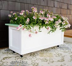 How to make an Outdoor Wooden Planter on Wheels