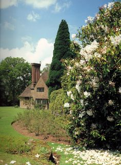 Munstead Manor in Surrey.  Designed by Edwin Lutyens for Gertrude Jekyll.  She then designed and planted the gardens.