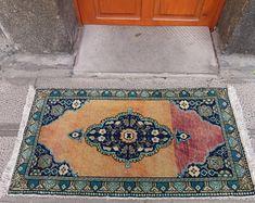 homevintagerug full of pretty vintage rugs by homevintagerug Boho Decor, Bohemian Rug, Handmade Rugs, Handmade Gifts, Pink Rug, Lovers Art, Small Rugs, Rugs On Carpet, Wool Rug