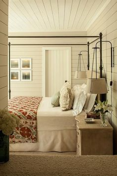 Gorgeous old farmhouse bedroom