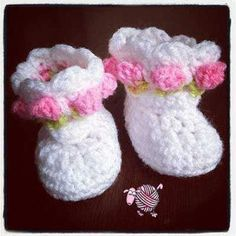 Hook up a cute pair of newborn little miss flower booties for baby on the way.. http://dearestdebi.com/crochet-little-miss-flower-booties