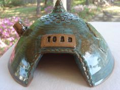 Toad House by sspottery on Etsy Frog House, Toad House, Gnome House, Pottery Designs, Pottery Ideas, Animal Projects, Clay Projects, Outdoor Ponds, Pond Water Features