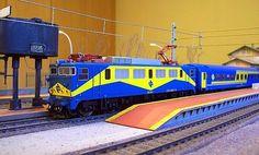 "Locomotora 269 ""Mazinguer"". Escala H0."