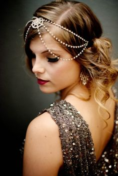 Vintage Hairstyles great gatsby inspired look Great Gatsby Wedding, Gatsby Party, Gatsby Theme, Speakeasy Party, Wedding Gold, Vintage Hairstyles, Wedding Hairstyles, Gatsby Hairstyles For Long Hair, Bridal Hairstyle