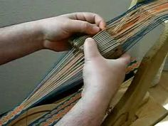 ▶ Tablet Weaving Rams Horn.mpg - YouTube