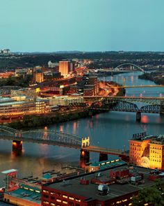 pittsburgh, pa    20120708-a-pittsburg-attractions-skyline.jpg