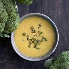 Et sandt slaraffenland af grønne lækkerier med et væld af sunde ingredienser. Find inspiration til vegetarmad, grønne frokostretter mv.